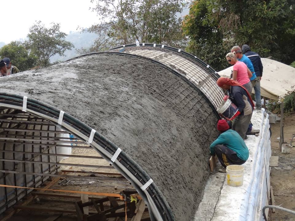 Cementing the roof in Fulkharka